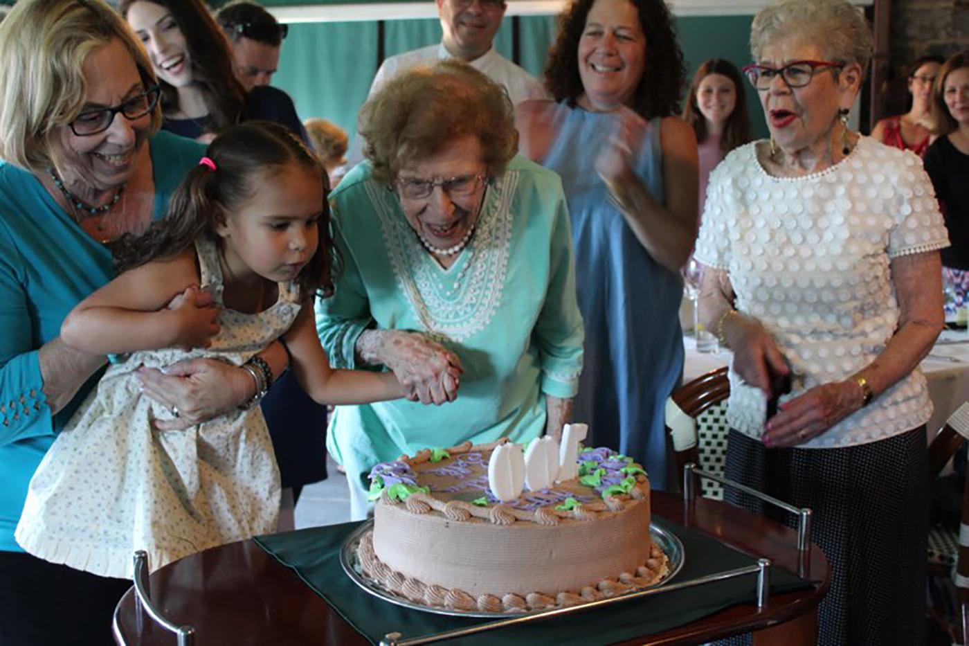 Meet Belle, Alexa's 103-year-old best friend - Image 1